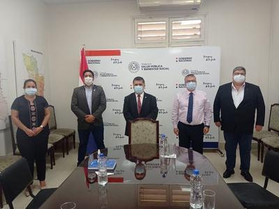 MIEMBROS DEL CONSEJO REGIONAL DE SALUD DE ITAPÚA SE REUNIERON CON LAS NUEVAS AUTORIDADES NACIONALES DE SALUD.