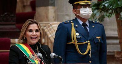 Dictan orden de detención contra expresidenta de Bolivia Jeanine Áñez y varios de sus ministros