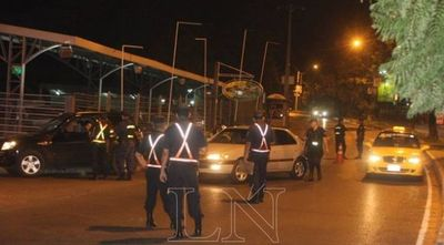 Policías saldrán a las calles desde esta medianoche: nadie podrá circular sin justificación