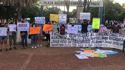 Manifestaciones contra el Gobierno y por la paz en Concepción