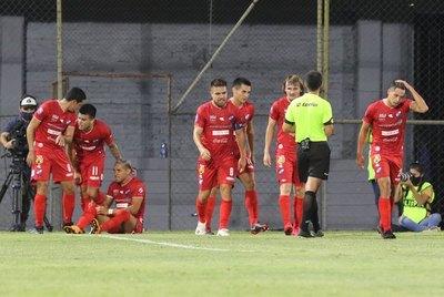 El puntero Nacional ahora va por River Plate