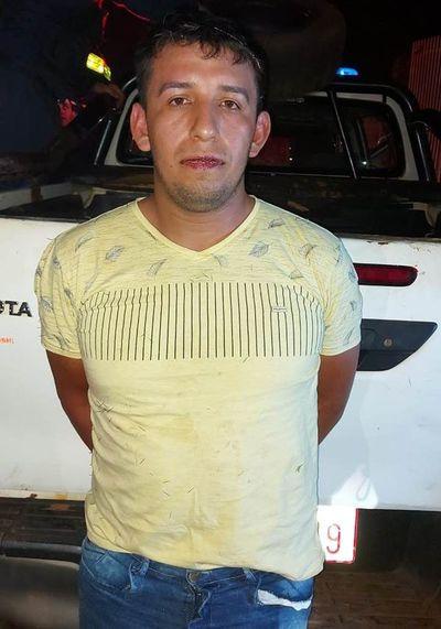 Recuperan vehículo tras persecución y balacera en Ciudad del Este