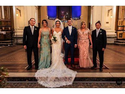 La boda Candia-Camacho