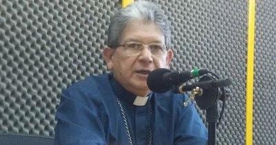 La Nación / Obispo amigo de Lugo cuestiona a Valenzuela