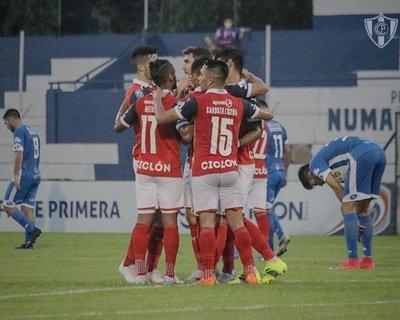 Cerro gana cómodamente con un Morales encendido – Prensa 5