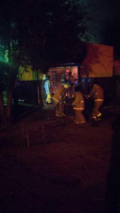 Corto circuito provoca incendio de una despensa en Minga Guazú