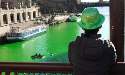 El río de Chicago se tiñe de verde para celebrar San Patricio