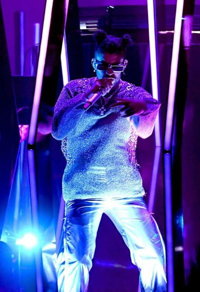 "Bad Bunny se lleva su primer Grammy con ""YHLQMDLG"""