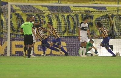 Alarma en Para Uno: Olimpia recibió ocho goles en un poco más de 50 minutos