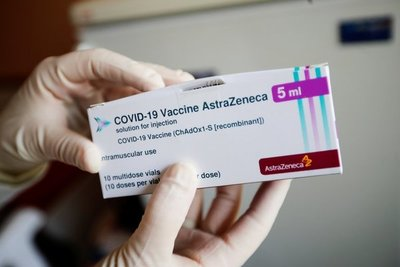 Alemania suspendió la aplicación de la vacuna de Oxford y AstraZeneca contra el coronavirus