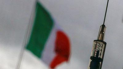 Italia suspende un nuevo lote de AstraZeneca tras la muerte de una persona
