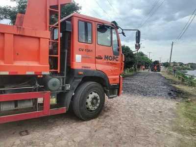 MOPC continúa con el mejoramiento vial en Villa Hayes y Nanawa
