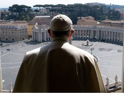 """Vaticano aclara que la homosexualidad es """"un pecado"""""""
