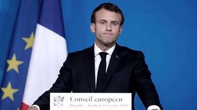 Francia se alinea con varios vecinos europeos y pone pausa a la vacuna anticovid de AstraZeneca
