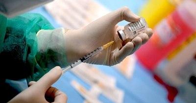 La Nación / Países europeos suspenden uso de vacuna AstraZeneca