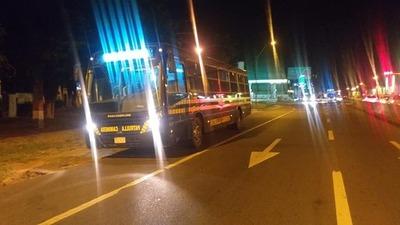 Caminera pone a disposición sus buses ante la regulada en el transporte público