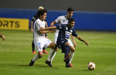 12 de Octubre-Nacional, la primera serie paraguaya de la Copa Sudamericana