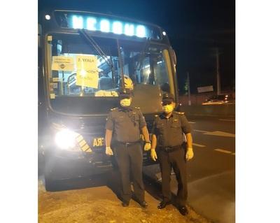 Buses de la Patrulla Caminera también salen a disposición de pasajeros