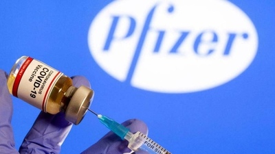 La UE se asegura una rápida entrega de 10 millones de dosis de vacuna de Pfizer-BioNTech
