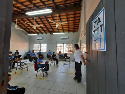 Coronel Oviedo; Colegio San Roque volvió a clases presenciales – Prensa 5