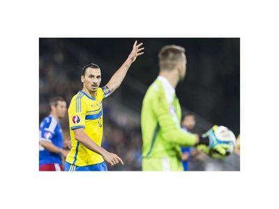 Suecia cumple ganando en Vaduz y asegura repesca
