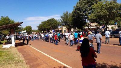 Campesinos cerraron rutas en varios puntos del país exigiendo el juicio político