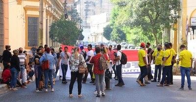 """La Nación / Moody's asigna puntuación """"muy negativa"""" al riesgo de Paraguay"""