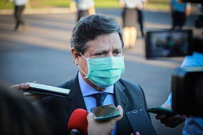 Acevedo pidió vacunas y hasta medicamentos a Brasil, según la prensa