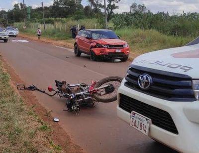 Brutal accidente se cobra la vida de dos jóvenes motociclistas en el km 16 de Minga Guazú