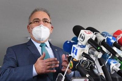 Nuevo ministro de Salud de Brasil anunció ajustes para contener la pandemia