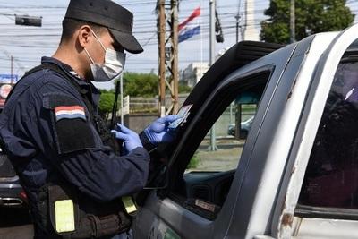 El covid también golpea a policías: nueve uniformados fallecidos y ahora cayó enfermo un comisairo