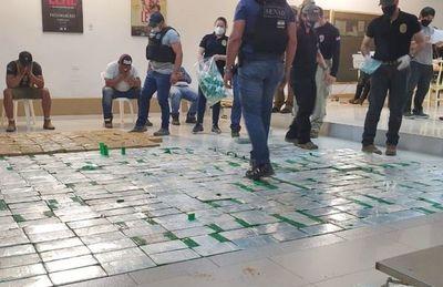 Cae un camión con 574,8 kilos de cocaína cerca de Carmelo Peralta