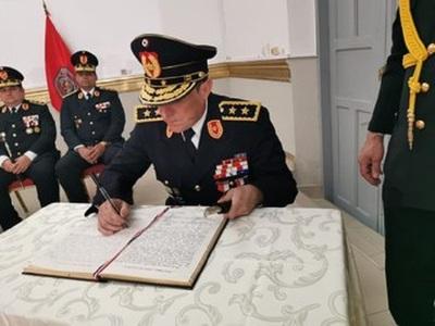 Renunció el comandante de la Policía Francisco Resquín