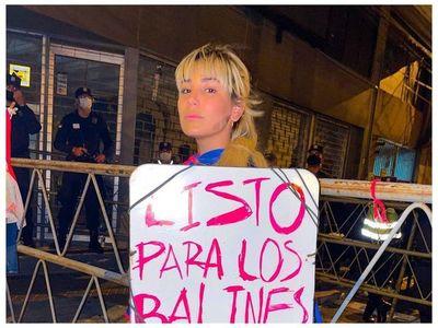 Critican a Jessi Servín por no utilizar tapabocas
