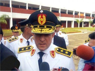 Francisco Resquín deja la Comandancia de la Policía Nacional