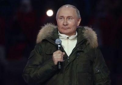"""Putin propone a Biden encuentro """"en línea"""""""