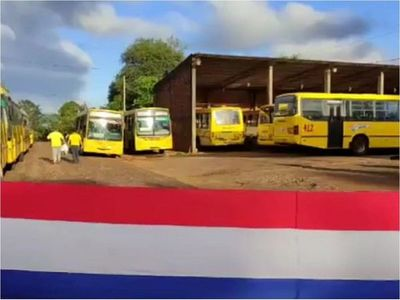 Choferes de transporte público en Encarnación van a huelga