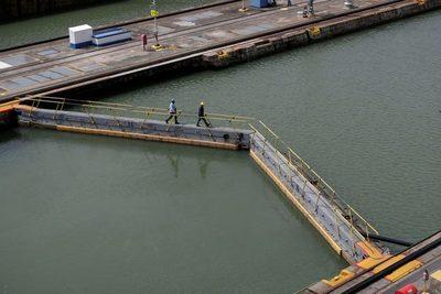 Moody's rebaja a A2 con perspectiva estable la calificación del Canal de Panamá