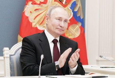 """Putin invita a Biden a diálogo """"en directo"""""""