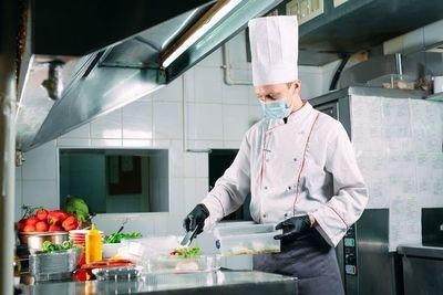 Gastronomía y pandemia: El efecto de la incertidumbre en un sector que mostraba atisbos de recuperación