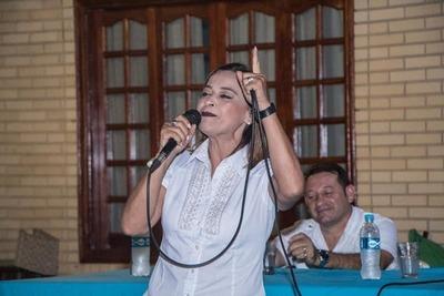 Julia Ferreira tras superar al virus del Covid-19 vuelve a la campaña electoral