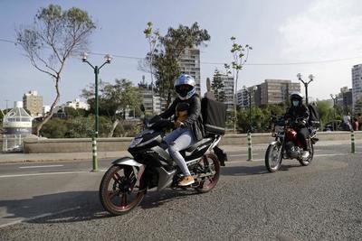"""Discriminadas sobre ruedas: la perversa realidad de las """"riders"""" en Perú"""