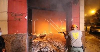 La Nación / Consejo de presidentes de seccionales repudia ataque a sede de la ANR