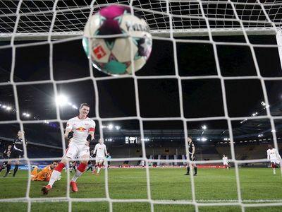 El Leipzig presiona al Bayern