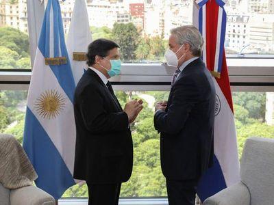Cancilleres de Argentina y Paraguay hablan sobre muerte de niñas