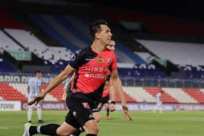 Zeballos, el único paraguayo en el once ideal de la semana de Copa Sudamericana
