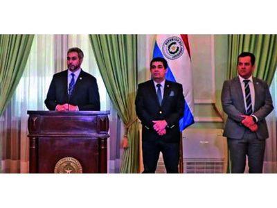 Mario Abdo  congela los cambios tras segundo salvataje del cartismo