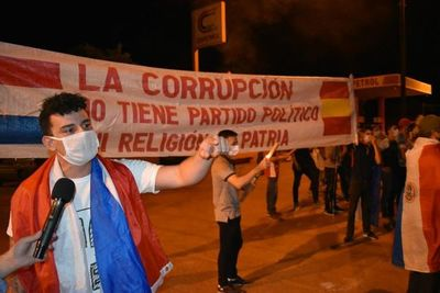 Escracharon al diputado Roque Sarubbi