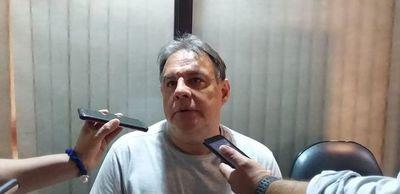 """""""Estratégicamente fue un error"""", dice senador Hugo Richer sobre juicio político"""