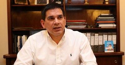 La Nación / Gobernador de Paraguarí reimplementa estrategia alimentaria en instituciones educativas